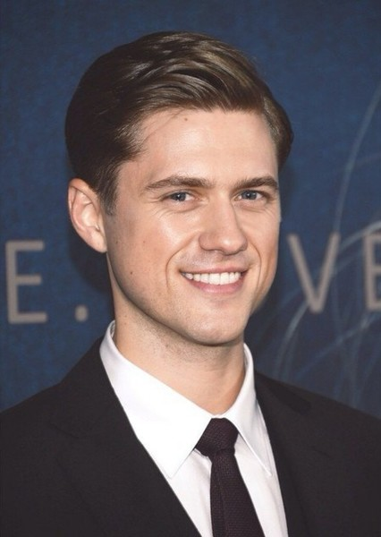 Aaron Tveit as James Gasciogne in Wonder Woman 1982