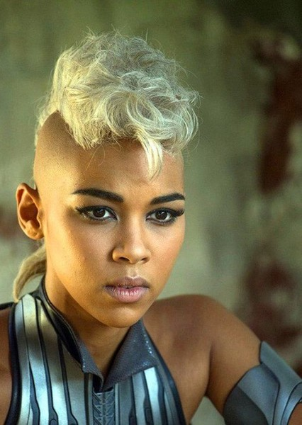 Alexandra Shipp as Tyreen Calypso in Borderlands