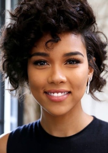 Alexandra Shipp as HawkWoman in Lovers through time 7th movie phase 1