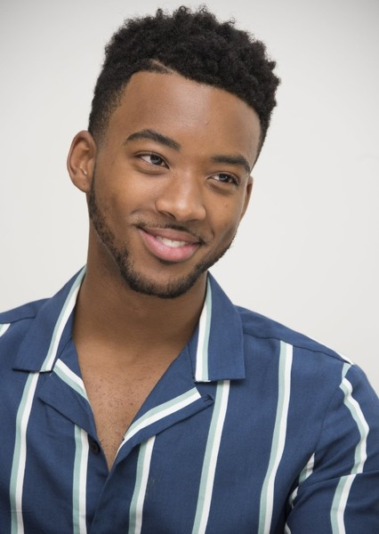 Algee Smith as Duke Thomas in The Bat Family