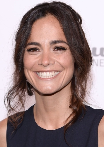 Alice Braga as Amy Ramirez in Best Friends And The Hottie