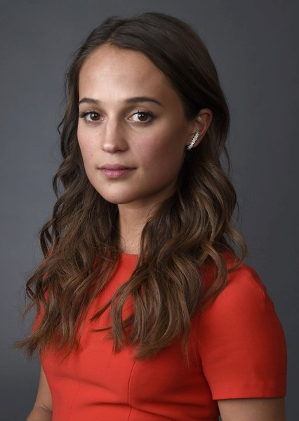 Alicia Vikander as Elsa Opel in Marathon Man (2016)