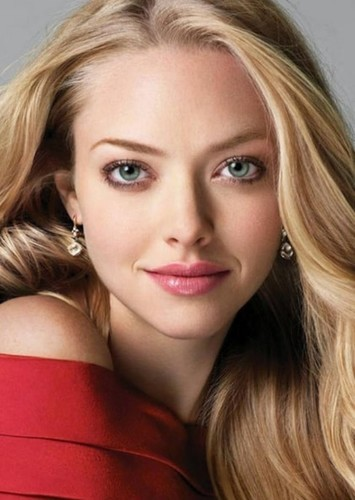 Amanda Seyfried as Dr. Harleen Quinzel in Justice League (2007)