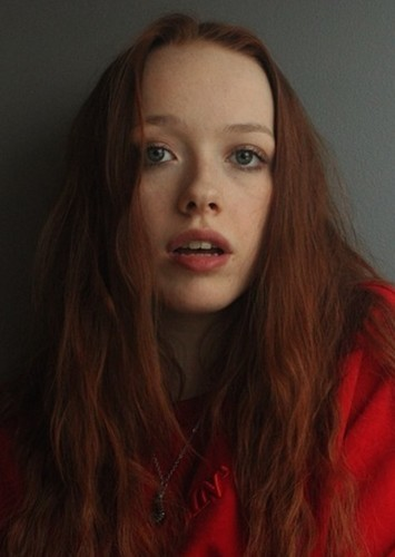 Amybeth McNulty as Merida in Non/Disney Characters