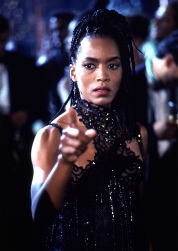 Angela Bassett as Dinah Laurel Lance in Birds of Prey (and the Fantabulous Emancipation of One Harley Quinn) (1990)