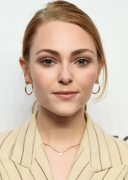 AnnaSophia Robb as Dana Mitchell in Power rangers