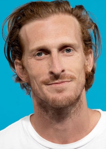 Austin Amelio as Dwight in Fear the Walking Dead