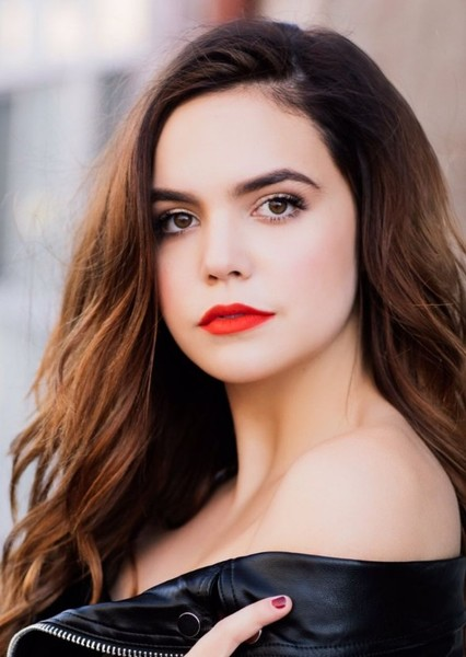 Bailee Madison as Sabyn in The Ballad of Songbirds and Snakes