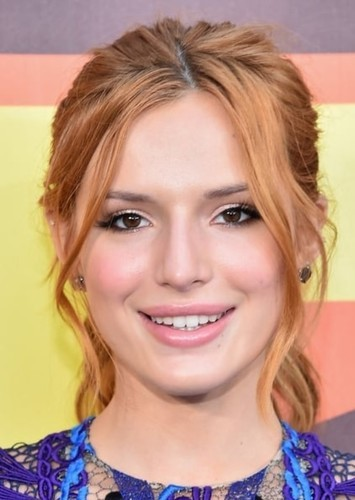 Bella Thorne as Dez in Austin & Ally (Genderswap)