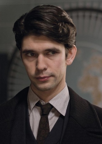 Ben Whishaw as Robb Callaghan in Tomatoes V.S. Blueberries