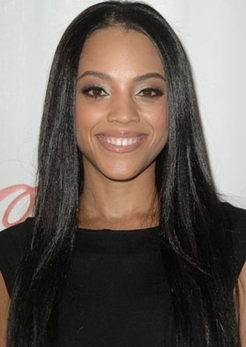 Bianca Lawson as Roxy Roker in Hannah Montana