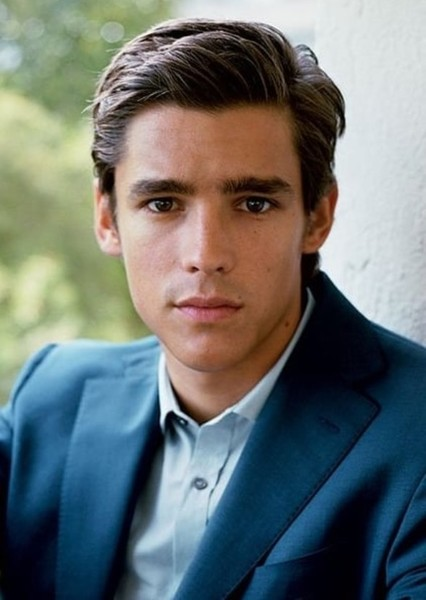Brenton Thwaites as Jodie in Where the crawdads sing