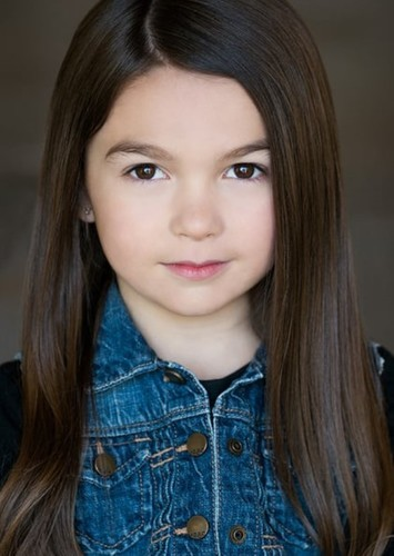 Brooklynn Prince as Lindsey Wallace in The Shape