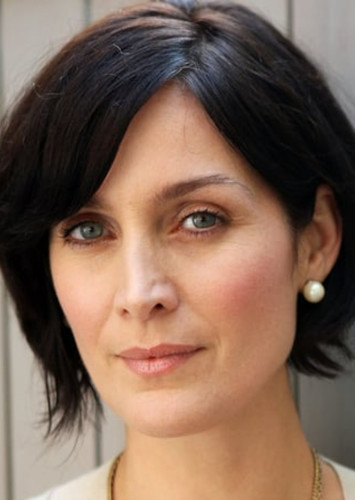 Carrie-Anne Moss as Aria LoTak in Mass Effect 2: Suicide Mission /Fan Cast