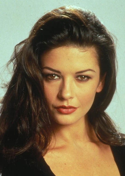 Catherine Zeta-Jones as Major Villainess in Perfekt Action Movie