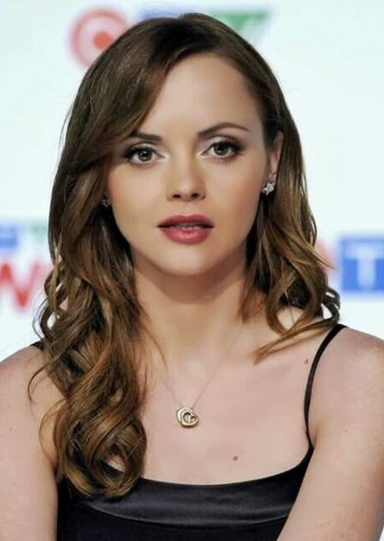 Christina Ricci as Mrs. Alma Johnson Rodetti in Gloria in excelsis deo