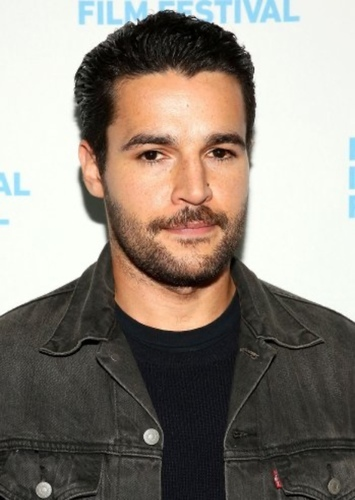Christopher Abbott as Paul Lambert in Deep Blue Sea 2