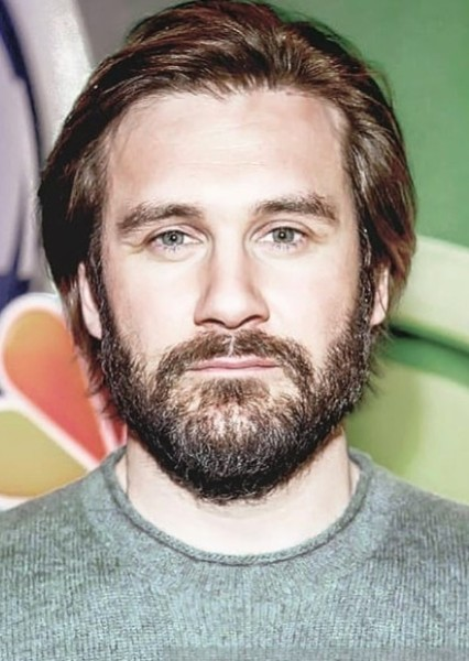 Clive Standen as Arthur Morgan in Red Dead Redemption.