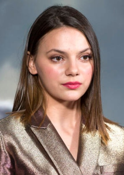 Dafne Keen as 2005 in 2000s Births Face Claims