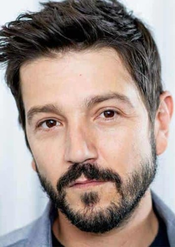 Diego Luna as Zorro in Robin Hood/Zorro