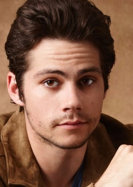 Dylan O'Brien as Pablo Guerra in Aqui no hay quien viva international