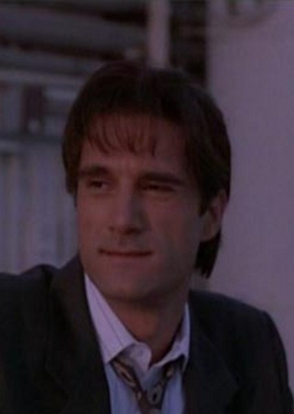 Elias Koteas as Superman in 90's Superman: My Edition