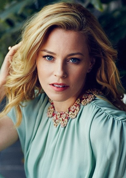 Elizabeth Banks as Rita Repulsa in Power Rangers (Netflix)