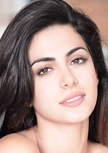 Emeraude Toubia as Esmeralda in Disney Princesses