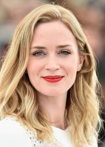 Emily Blunt as Steve Rogers in Marvel Comics (Gender Swap)