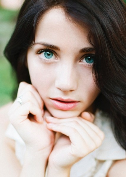 Emily Rudd as Lillian Lil Salvatore in The Vampire Diaries