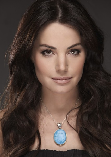 Erica Durance as Paige Cole in Amity Grove