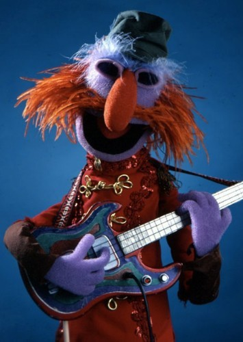 Floyd Pepper as Uncle Owen in Muppets Star Wars
