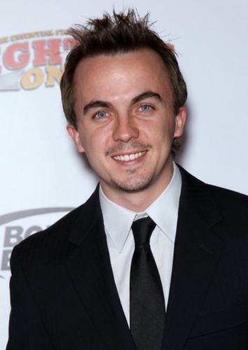 Frankie Muniz as Ryan Dean in Girl vs. Monster (2002)