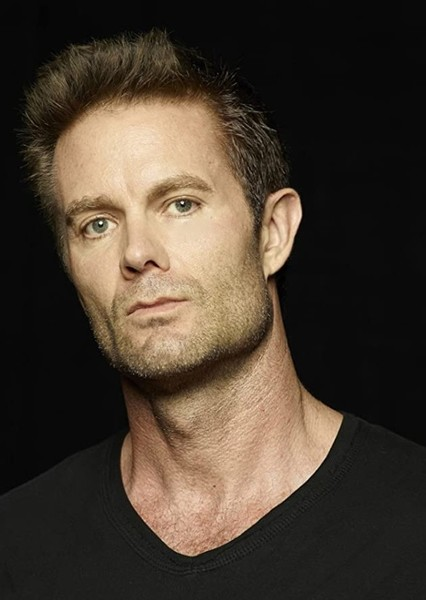Garret Dillahunt as John Dorie in Fear the Walking Dead