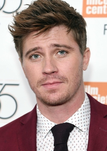 Garrett Hedlund as James Parker in The Supers