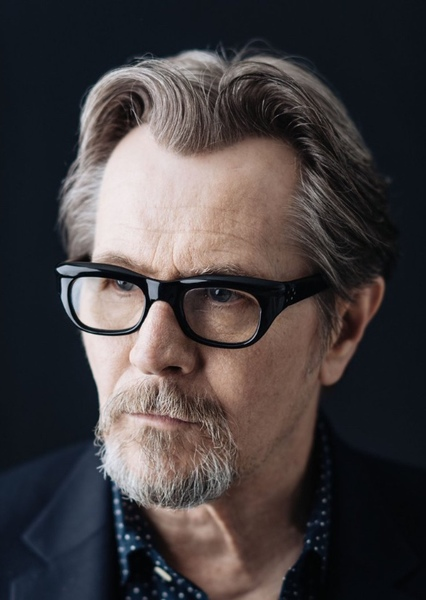 Gary Oldman as Max Schumacher in Network (2016)