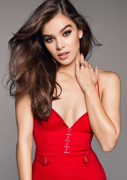 Hailee Steinfeld as Tenaya 7/15 in Power Rangers RPM (Reboot)