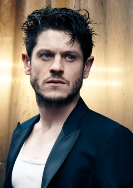 Iwan Rheon as Antagonist N5 in Apex of the Thriller Zenith