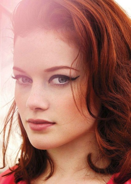 Jane Levy as Iris West in The Flash: The birth