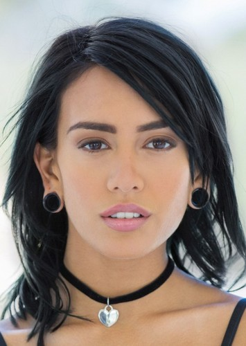 Janice griffith eyes