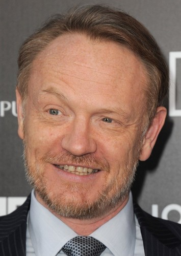 Jared Harris as Marcus Brody in The Jones Chronicles - The Last Crusade.