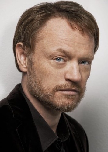 Jared Harris as Theoden in The Lord of the Rings