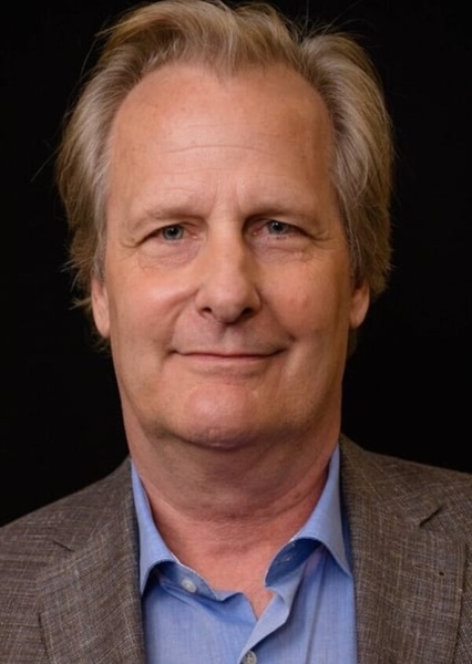 Jeff Daniels as Hollis Mason in The Watchmen