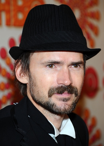 Jeremy Davies as Flicker in Lobo (2035)