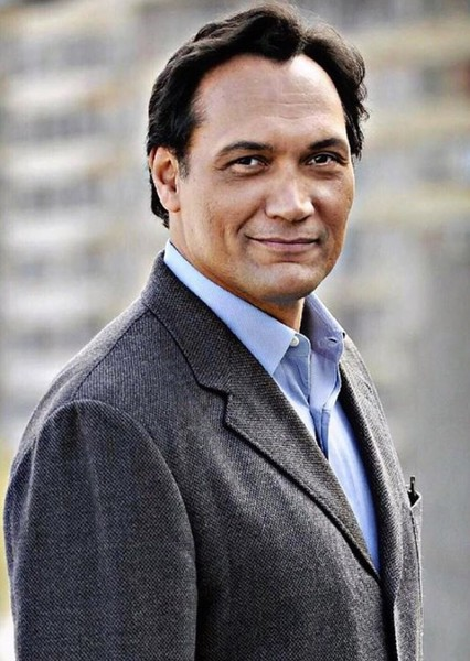 Jimmy Smits as Jim Gordon in THE BAT | Season 1 Episode 3