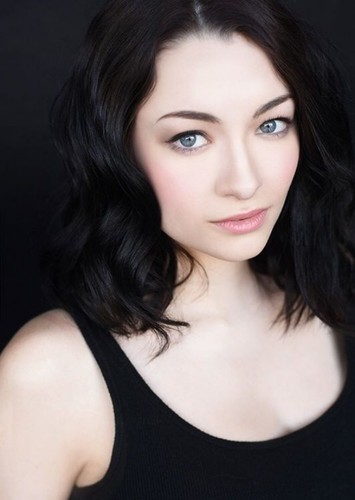 Jodelle Ferland as Kate Messner in Everything Sucks! (2008)