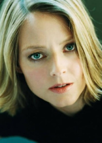 Jodie Foster as Vicki Vale in Batman: O Cavaleiro de Gotham