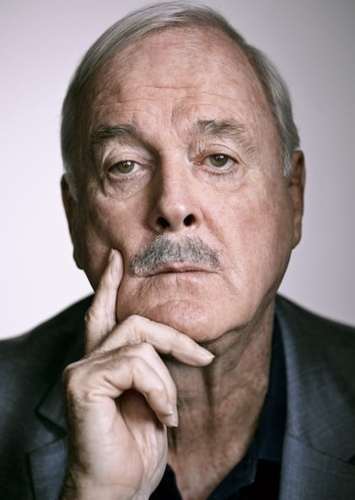 John Cleese as Alfred Pennyworth in DC Universe Reboot - Fan Casting