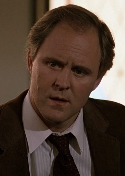 John Lithgow as Arthur Sinclair in While She Was Out (1988)