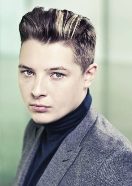 John Newman as Sir Thomas Grey in Henry V